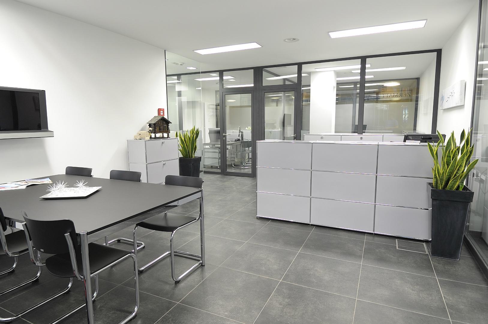 zermatthomes immobilien lochmatter ag bureau. Black Bedroom Furniture Sets. Home Design Ideas